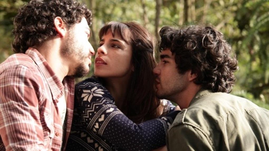 Entre Nós (12h05 - Cinemax)