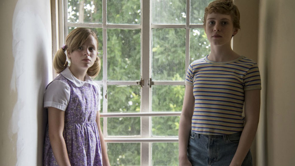Sophia Lillis e Lulu Wilson - Sharp Objects