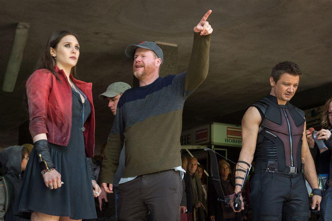 Vingadores: Era de Ultron : Foto Elizabeth Olsen, Jeremy Renner, Joss Whedon