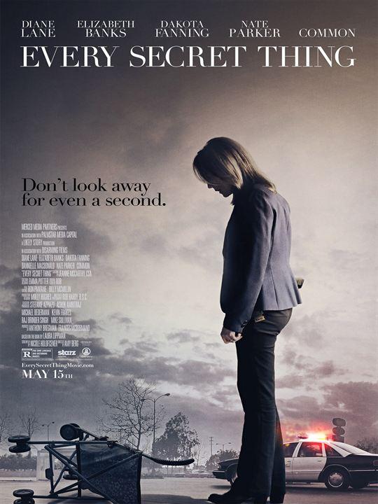 Um Passado Sombrio : Poster