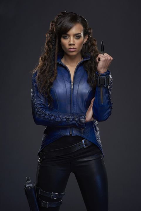 Hannah John-Kamen- Killjoy look