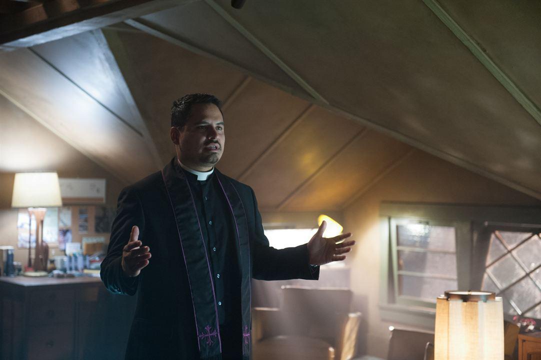 Exorcistas Do Vaticano : Foto Michael Peña