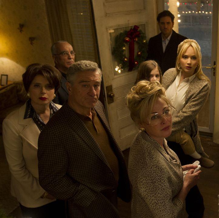 Joy: O Nome do Sucesso : Foto Édgar Ramírez, Isabella Rossellini, Jennifer Lawrence, Robert De Niro, Virginia Madsen