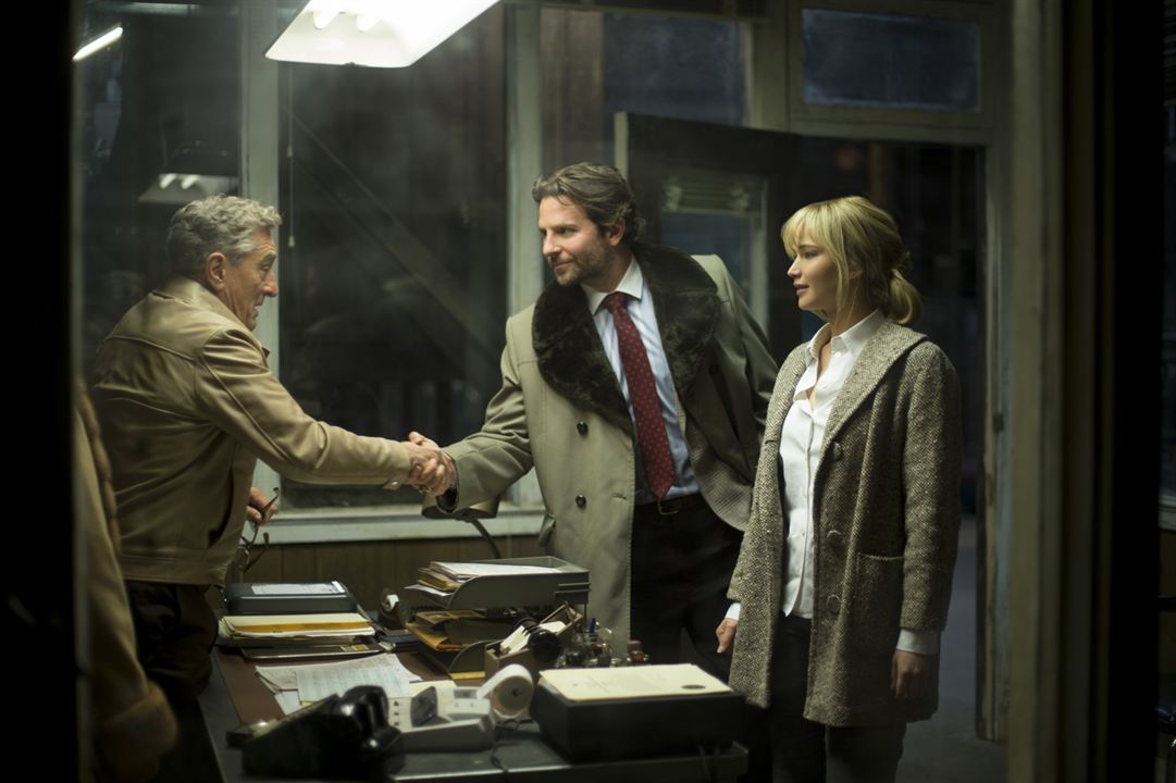 Joy: O Nome do Sucesso : Foto Bradley Cooper, Jennifer Lawrence, Robert De Niro