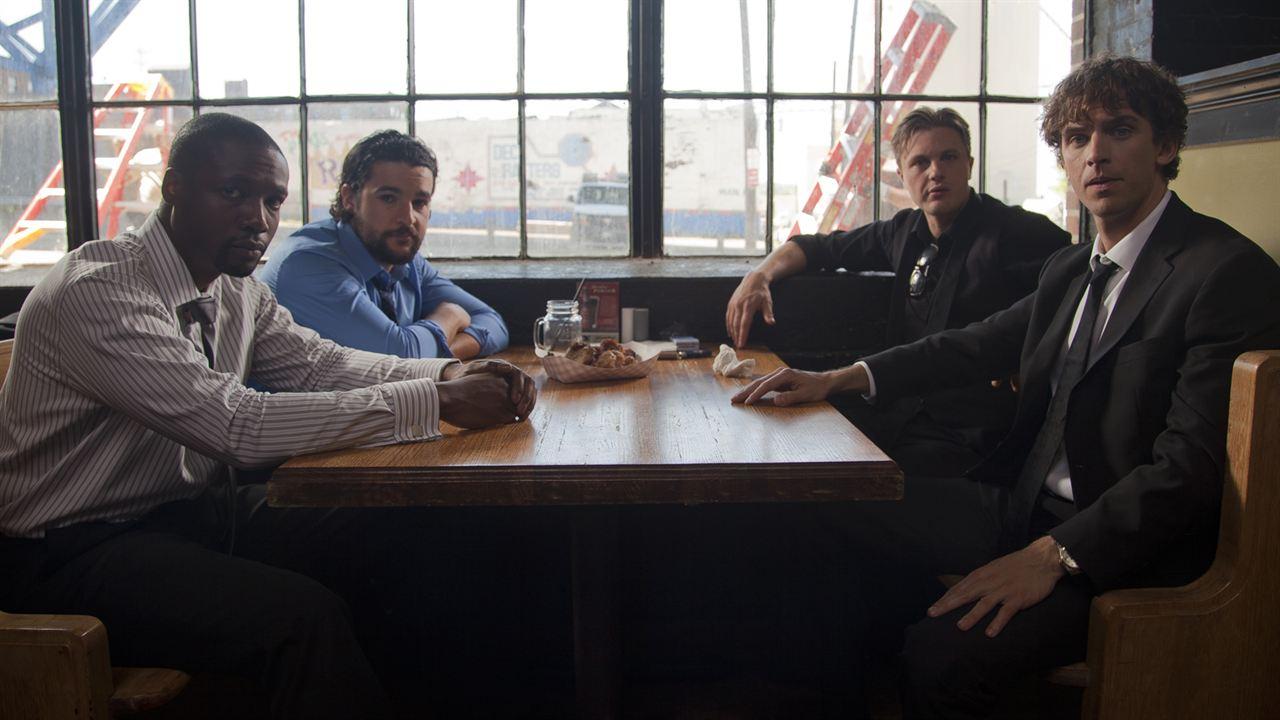 Um Negócio de Risco : Foto Christopher Abbott, Dan Stevens, Michael Pitt, Rob Brown