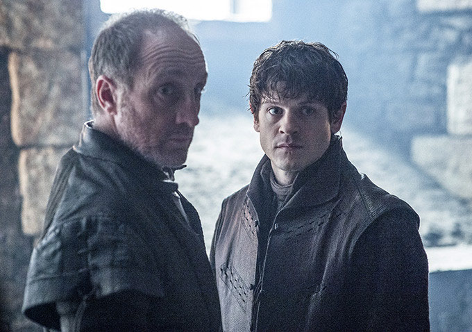 Foto Iwan Rheon, Michael McElhatton