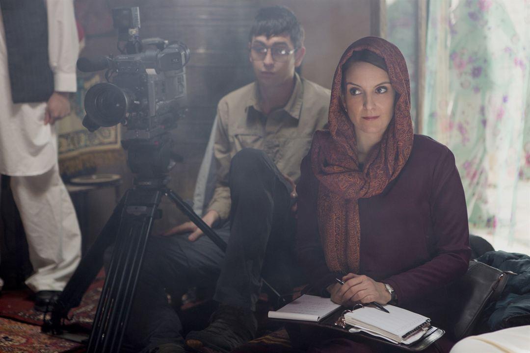 Uma Repórter em Apuros : Foto Nicholas Braun, Tina Fey