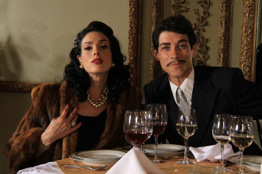 Cantinflas -  A Magia da Comédia : Foto Bárbara Mori, Óscar Jaenada