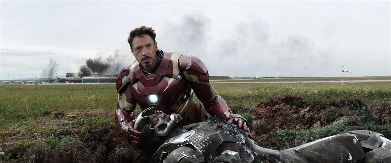 Capitão América: Guerra Civil : Foto Don Cheadle, Robert Downey Jr.