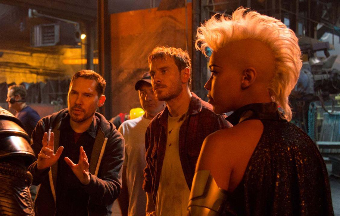 X-Men: Apocalipse : Foto Alexandra Shipp, Bryan Singer, Michael Fassbender