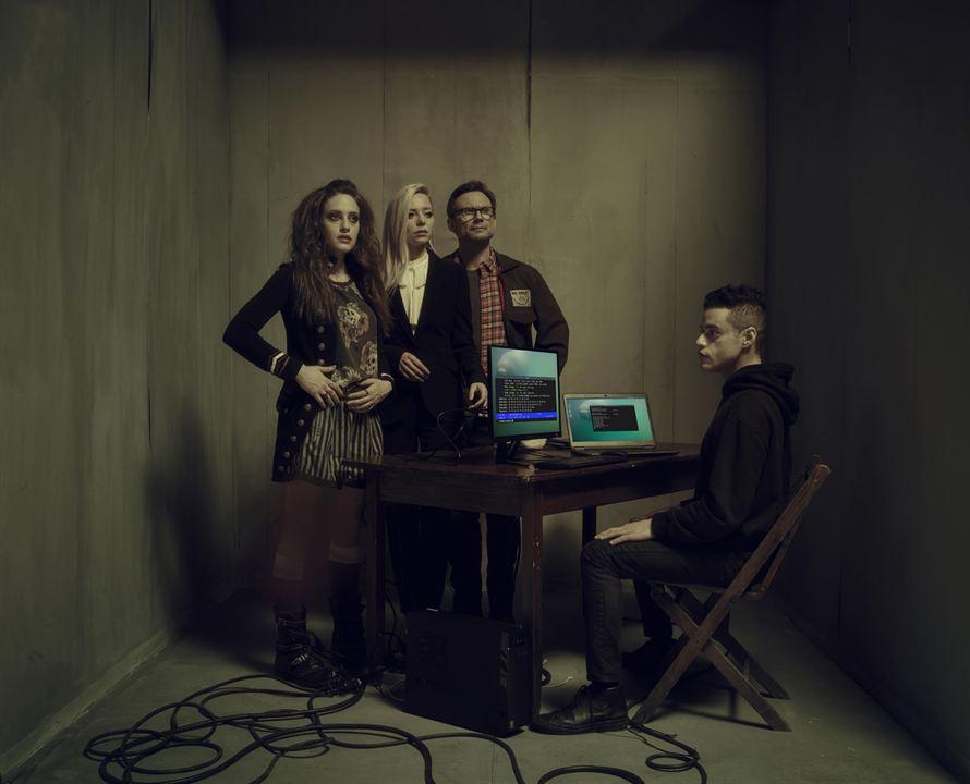 Foto Carly Chaikin, Christian Slater, Portia Doubleday, Rami Malek