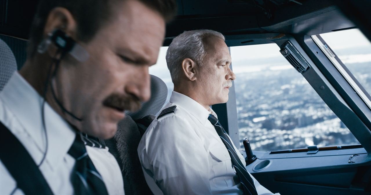 Sully - O Herói do Rio Hudson : Foto Aaron Eckhart, Tom Hanks
