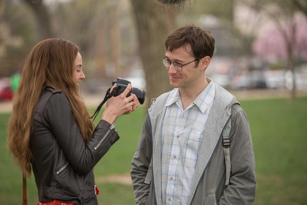 Snowden - Herói ou Traidor : Foto Joseph Gordon-Levitt, Shailene Woodley