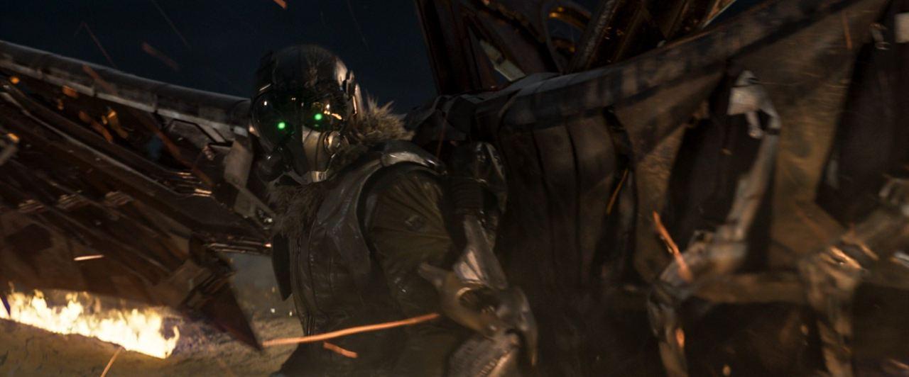 Homem-Aranha: De Volta ao Lar : Foto Michael Keaton