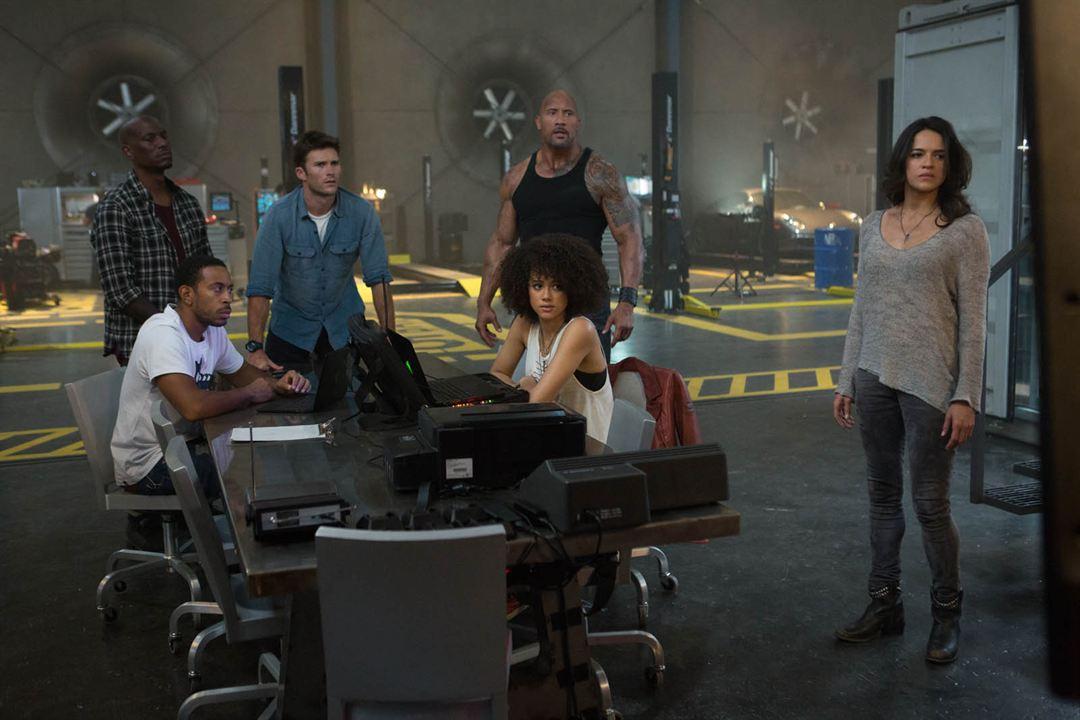 Velozes & Furiosos 8 : Foto Dwayne Johnson, Ludacris, Michelle Rodriguez, Nathalie Emmanuel, Scott Eastwood
