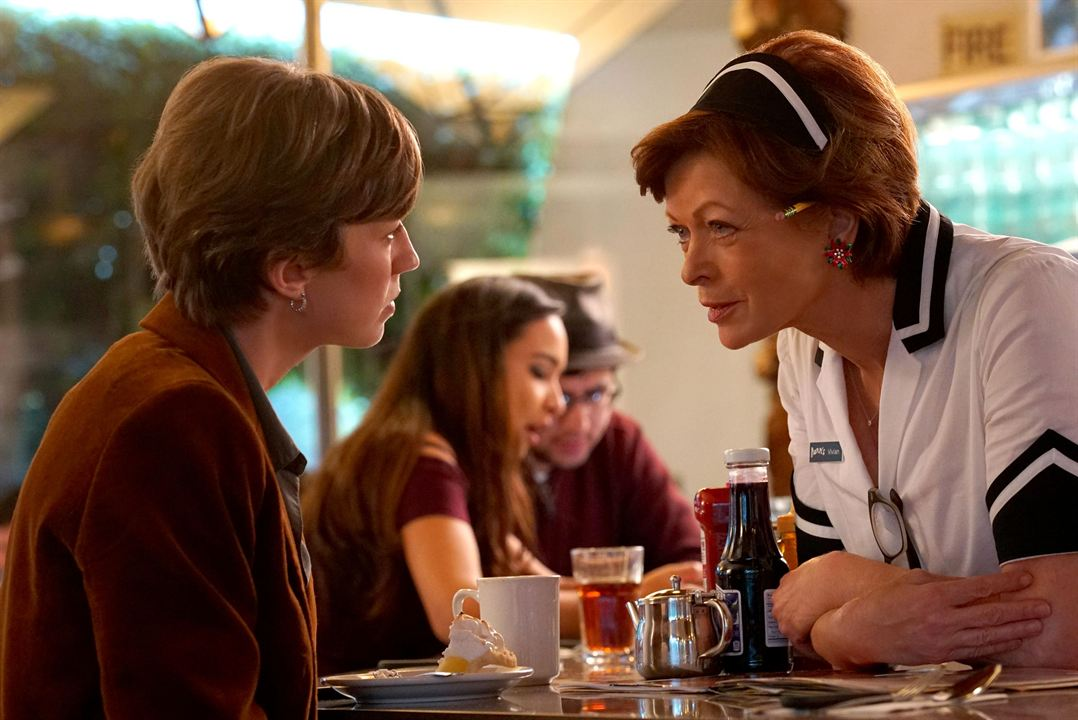 Foto Carrie Coon, Frances Fisher