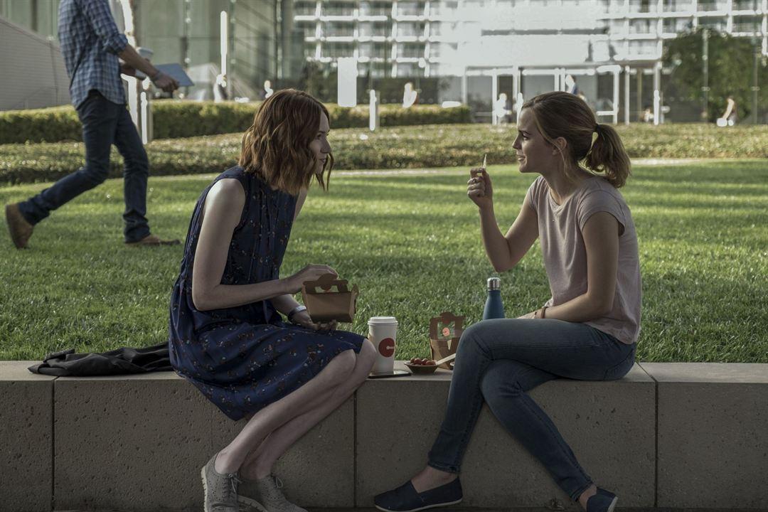 O Círculo : Foto Emma Watson, Karen Gillan