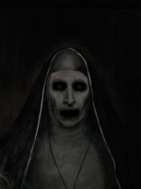 The Nun : Poster