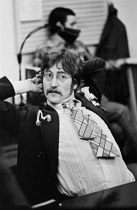 It Was Fifty Years Ago Today! The Beatles: Sgt. Pepper & Beyond : Foto John Lennon