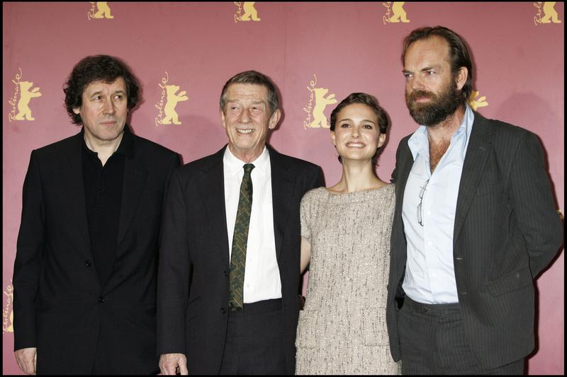 V de Vingança : Vignette (magazine) Hugo Weaving, John Hurt, Natalie Portman, Stephen Rea