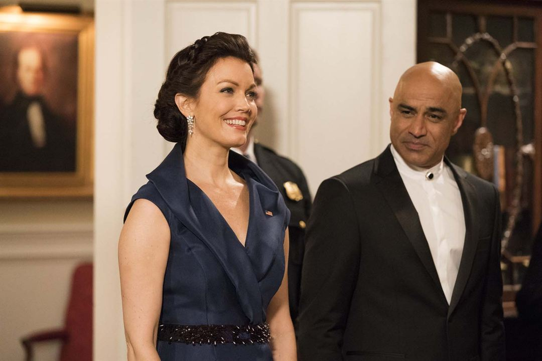 Foto Bellamy Young, Faran Tahir