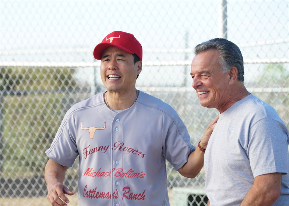 Foto Randall Park, Ray Wise
