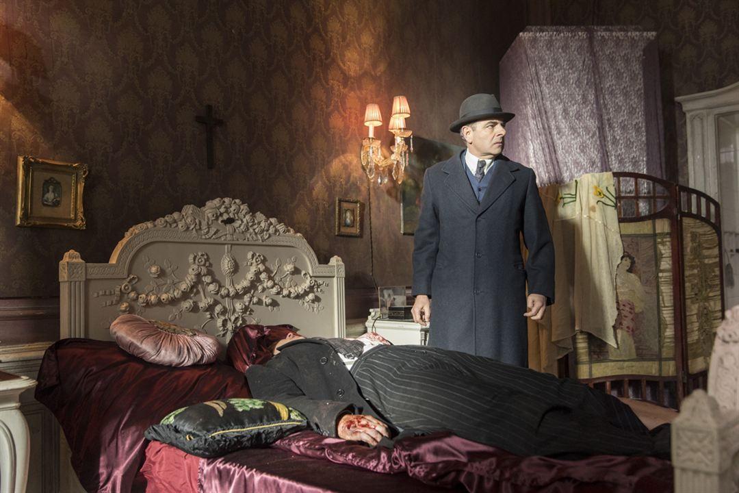 Maigret: Night At The Crossroads : Foto Rowan Atkinson