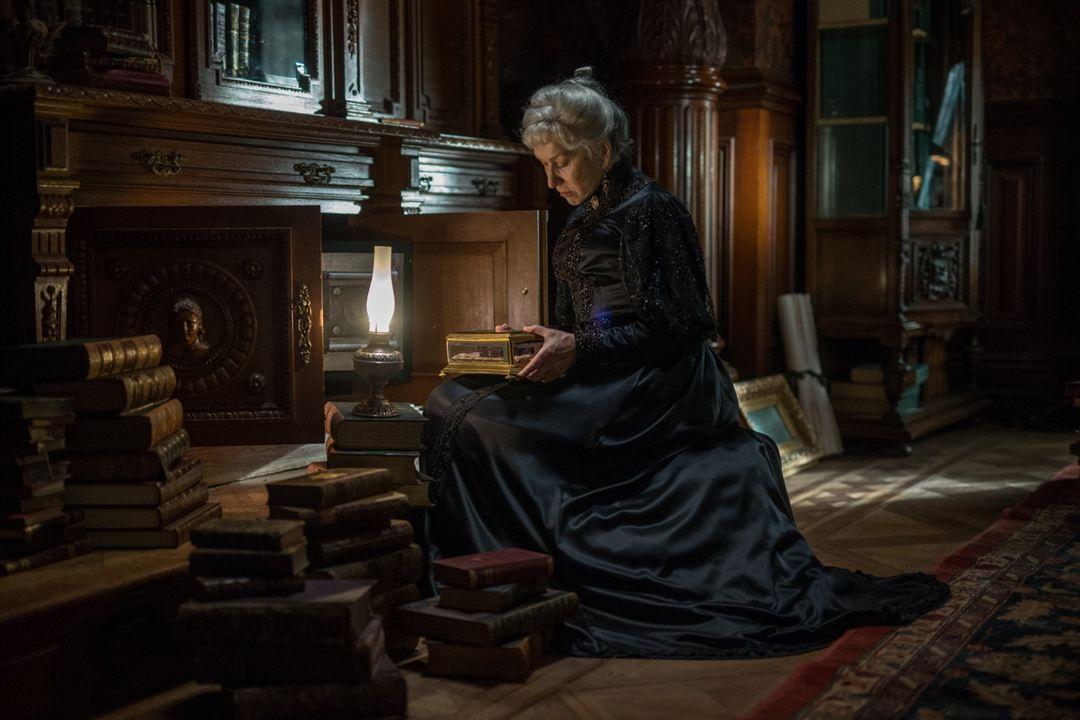 A Maldição da Casa Winchester : Foto Helen Mirren