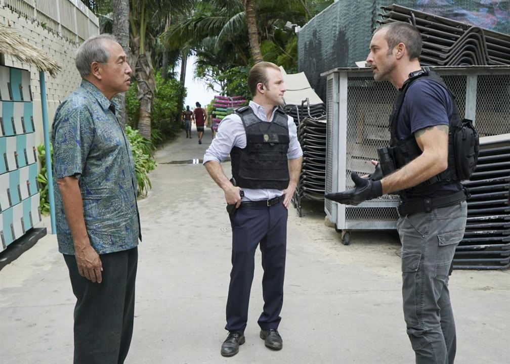 Foto Alex O'Loughlin, Dennis Chun, Scott Caan