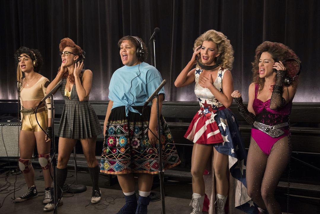 Foto Betty Gilpin, Jackie Tohn, Kate Nash, Shakira Barrera