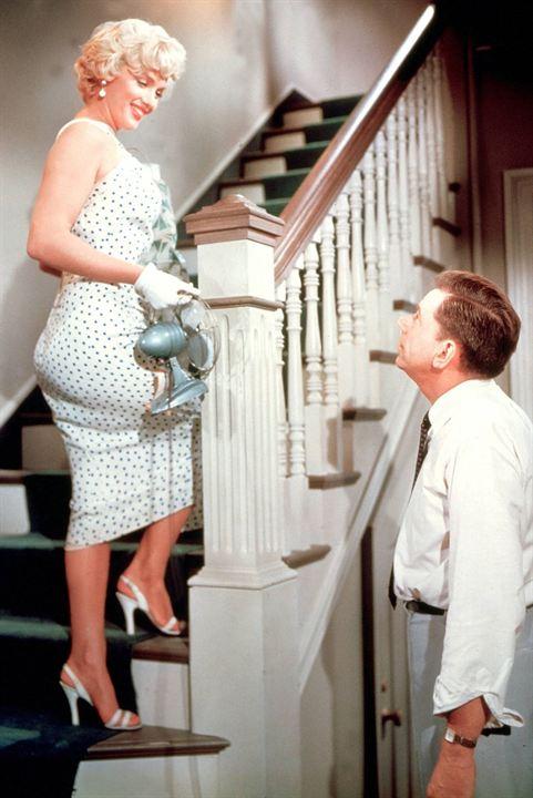 O Pecado Mora ao Lado: Tom Ewell, Marilyn Monroe