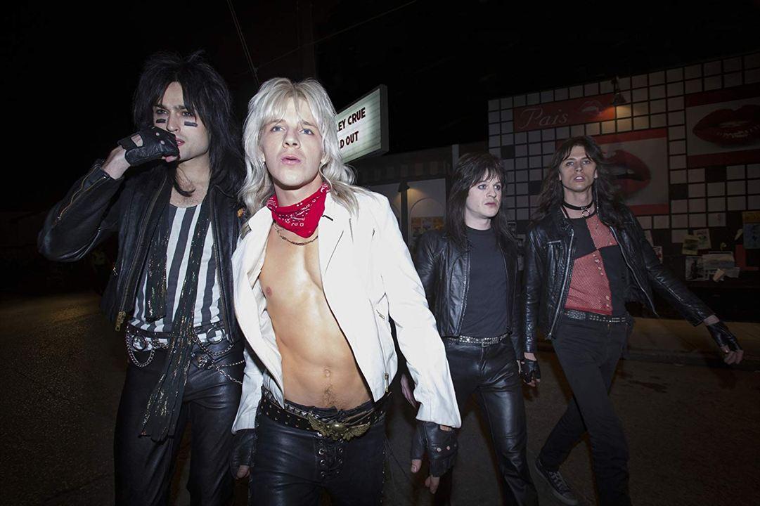 The Dirt: Confissões do Mötley Crüe : Foto Daniel Webber, Douglas Booth, Iwan Rheon, Machine Gun Kelly