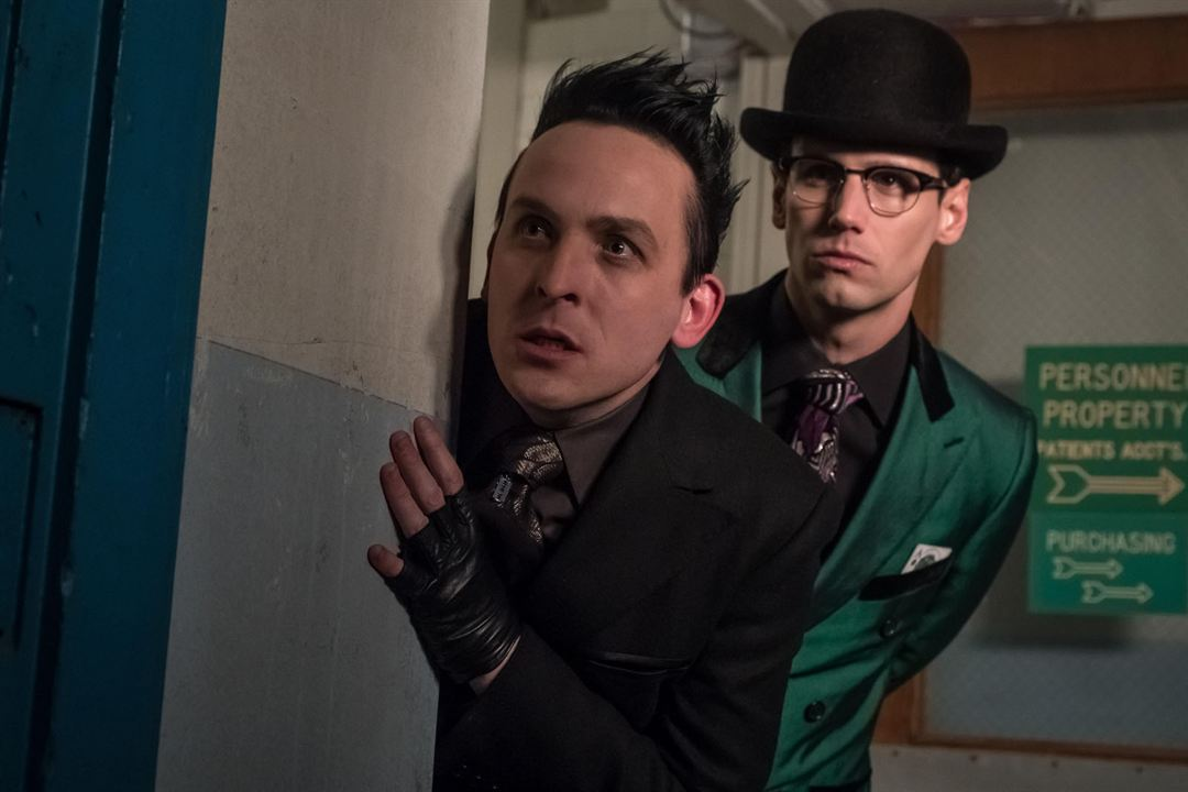 Foto Cory Michael Smith, Robin Lord Taylor