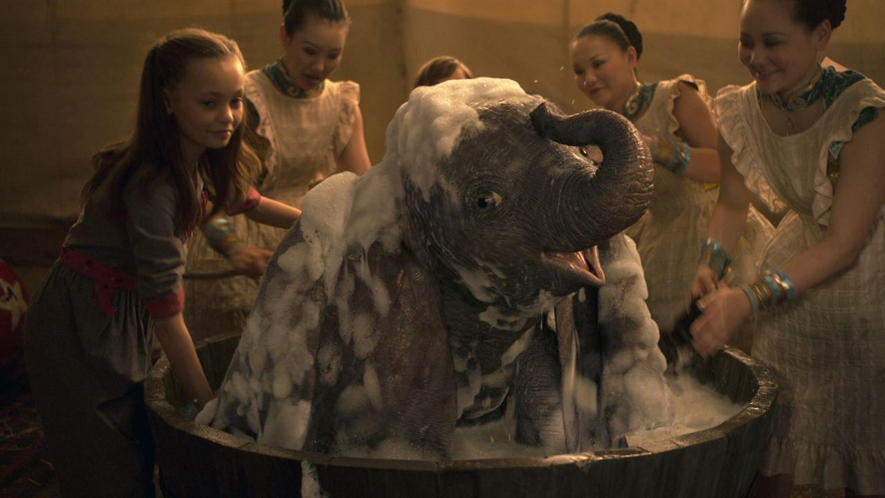 Dumbo : Foto Nico Parker