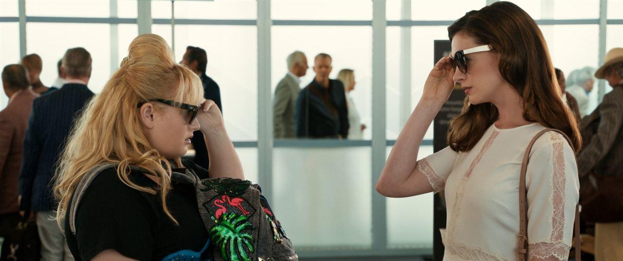 As Trapaceiras : Foto Anne Hathaway, Rebel Wilson