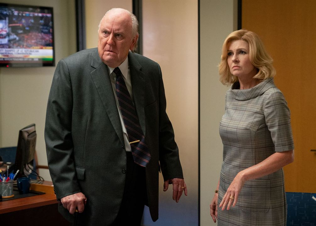 O Escândalo : Foto Connie Britton, John Lithgow