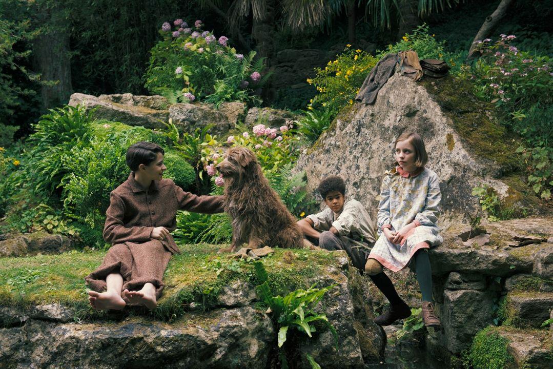 O Jardim Secreto : Foto Amir Wilson, Dixie Egerickx, Edan Hayhurst