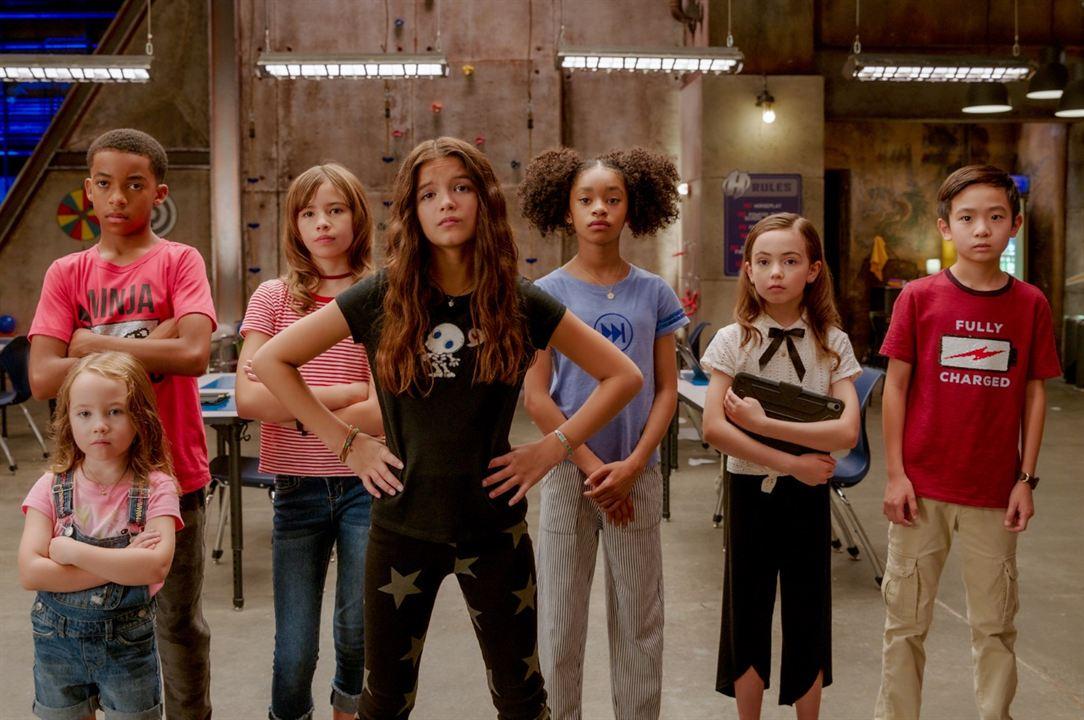 Pequenos Grandes Heróis : Foto Akira Akbar, Hala Finley, Vivien Lyra Blair, YaYa Gosselin