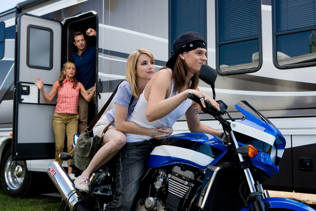 Família do Bagulho : Foto Emma Roberts, Jason Sudeikis, Jennifer Aniston, Mark L. Young
