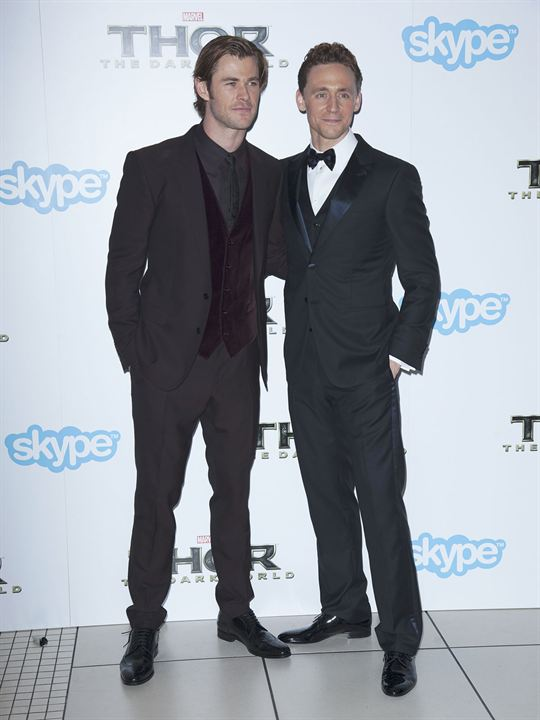 Thor: O Mundo Sombrio : Vignette (magazine) Chris Hemsworth, Tom Hiddleston