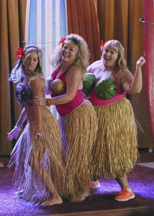 Foto Ashley Tisdale, Jacki Weaver, Rebel Wilson