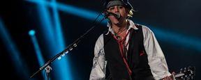 Johnny Depp, junto com a banda Hollywood Vampires, irá se apresentar no Grammy 2016