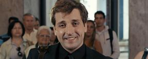 Gregório Duvivier fica dividido entre Dani Calabresa e Clarice Falcão no trailer de Desculpe o Transtorno