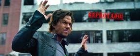 Amigos do AdoroCinema criticam trama confusa e apressada de Transformers: O Último Cavaleiro