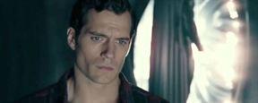 Cena deletada de Liga da Justiça revela traje preto do Superman