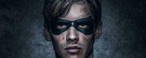 Comic-Con 2018: Banners revelam vislumbres dos protagonistas de Titans