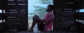 Filmes na TV: Hoje tem Boi Neon e O Escapista