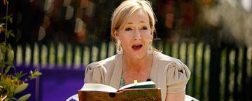 J.K. Rowling agradece a fãs no Twitter pelos 20 anos de Harry Potter
