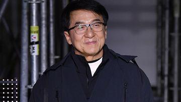 Jackie Chan está oferecendo recompensa para quem descobrir cura para o coronavírus