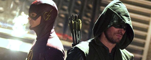 370dd5f64a8 Divulgado primeiro cartaz do novo crossover de The Flash e Arrow ...